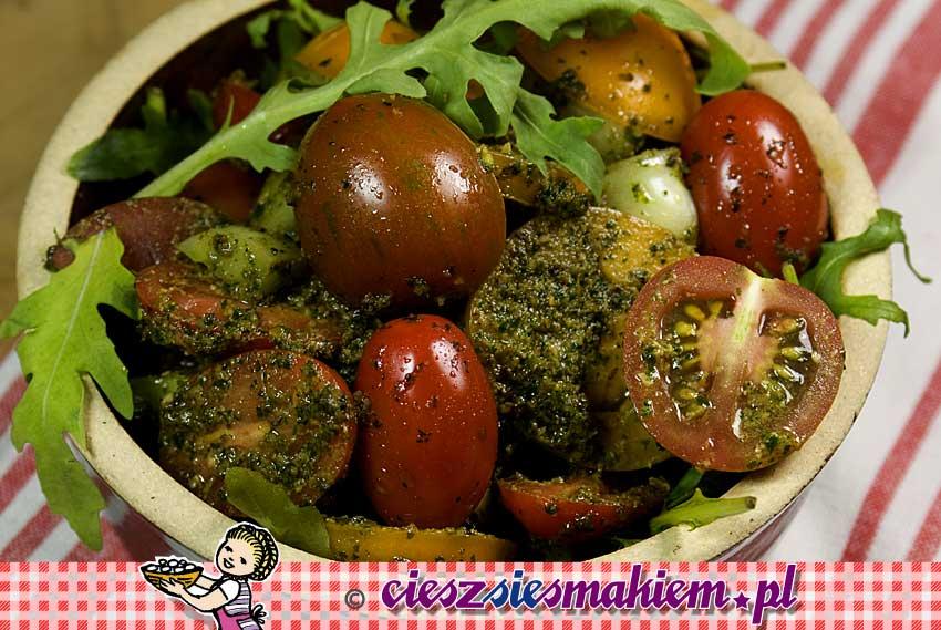 Salatka_pomidor_pesto_dsc9060